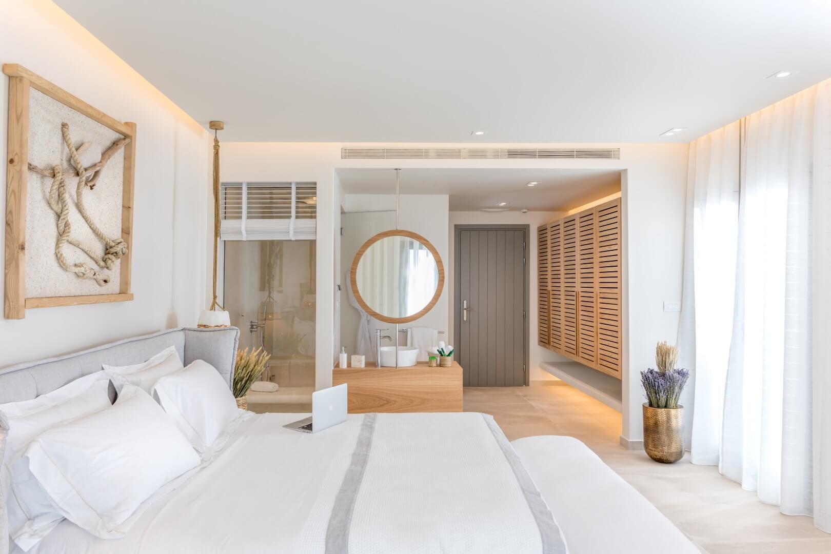 Sea-View-Suite-Jacuzzi (3)